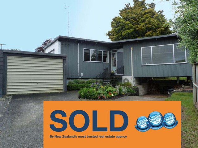 SOLD 18 Waimarie Dinsdale
